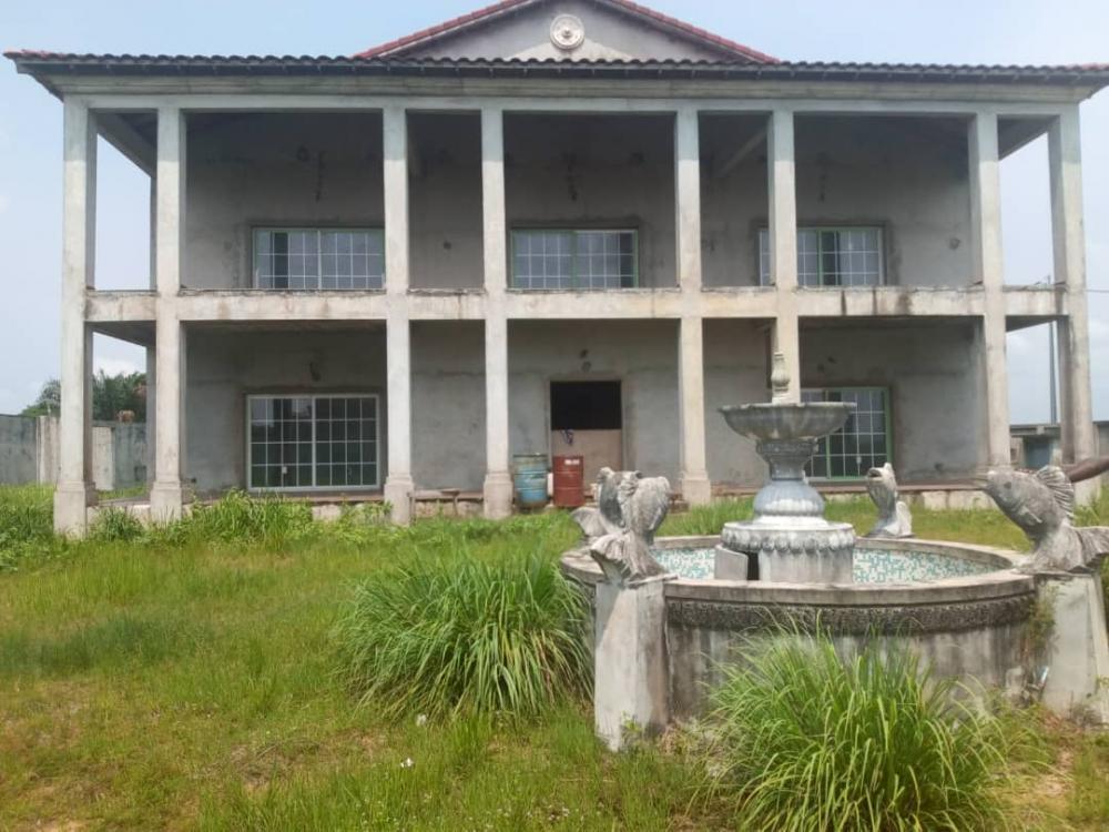 Villa 5 chambres à vendre à Libreville, CharbonnagesPhoto ...